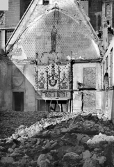 Ancien archevêché, actuellement Palais du Tau - Salle du Tau : Vue intérieure vers le nord
