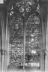 Cathédrale Notre-Dame - Vitrail, baie de la nef côté sud, 2e travée