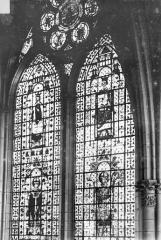 Cathédrale Notre-Dame - Vitrail, baie de la nef côté sud, 1e travée
