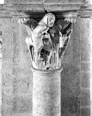 Eglise Saint-Andoche - Chapiteau : Balaam et son âne