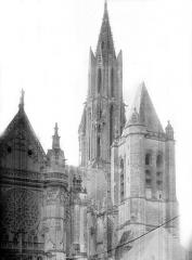 Ancienne cathédrale et son chapître - Façade nord : partie ouest
