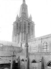 Eglise Notre-Dame - Clocher, côté sud-ouest