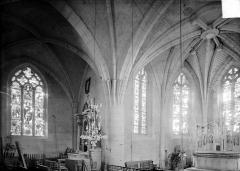 Eglise - Vue intérieure du choeur et du transept nord