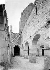 Eglise - Vue intérieure du bas-côté nord