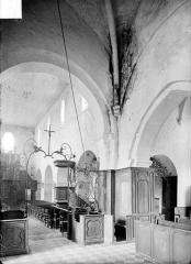 Eglise Saint-Alpin - Vue intérieure de la nef et du transept nord