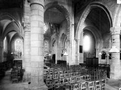 Eglise Saint-Martin - Vue intérieure prise du bas-côté nord, vers la nef et le choeur