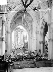 Eglise (ruines) - Vue intérieure de la nef