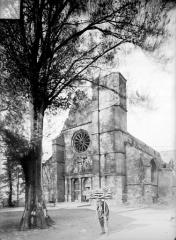 Eglise - Vue générale prise du sud-ouest