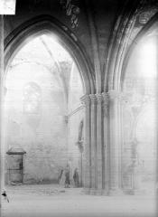 Eglise de la Nativité de la Vierge - Vue intérieure du transept