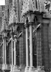 Cathédrale Notre-Dame - Niches des arcs-boutants