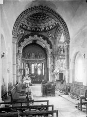 Ancien Hôtel-Dieu - Chapelle Saint-Laurent - Vue intérieure de la nef vers le choeur