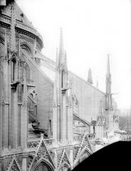 Cathédrale Notre-Dame - Arcs-boutants du choeur, côté sud