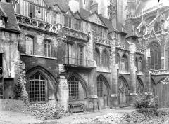Ensemble archiépiscopal - Cour d'Albane : Cloître