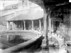 Fosse-Dionne - Lavoir et galerie circulaire