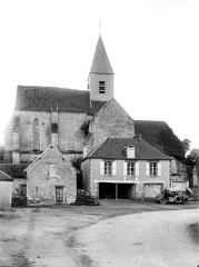 Eglise - Vue générale prise du nord