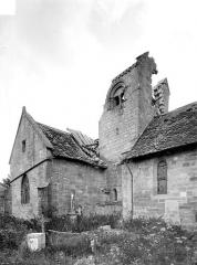Eglise Saint-Pierre - Façade nord : Clocher et transept