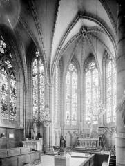 Eglise Saint-Georges - Vue intérieure du transept nord et du choeur