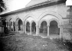 Eglise - Porche : Vue extérieure