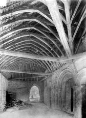 Eglise de la Nativité de la Vierge - Porche : vue intérieure