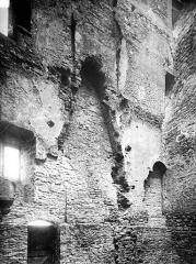 Château - Tour : vue intérieure