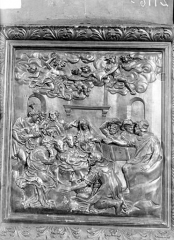 Eglise Saint-Pierre - Bas-relief, bois