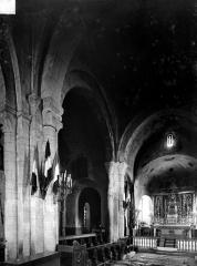 Eglise Saint-Jean-Baptiste - Vue intérieure du chœur, vers le nord-est