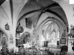 Eglise Saint-Martin - Vue intérieure de la nef et du chœur, vers le nord-est