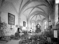 Eglise Notre-Dame-de-la-Nativité - Vue intérieure de la nef, vers le nord-est