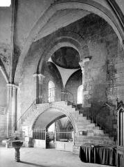 Eglise Notre-Dame-de-la-Nativité - Vue intérieure de la nef : Tribune ouest et coupole
