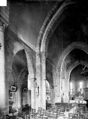 Eglise Saint-Maurice - Vue intérieure de la nef et du bas-côté nord, vers le nord-est