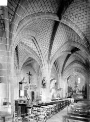Eglise Saint-Saturnin - Vue intérieure de la nef et du bas-côté nord, vers le nord-est