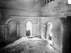 Prieuré bénédictin de Souvigny - Vue intérieure du transept sud : partie du 12e siècle