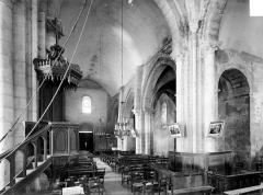 Eglise Saint-Maurice - Vue intérieure de la nef, vers le nord-ouest