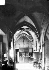 Eglise Sainte-Croix - Cloître (vestiges)