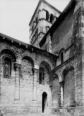 Eglise Sainte-Croix - Croisée du transept