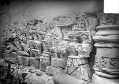 Eglise Saint-Gervais et Saint-Protais - Fragments sculptés, débris non réemployés