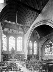 Ancienne église Notre-Dame-de-Froide-Rue ou église Saint-Sauveur - Vue intérieure de la nef, vers le sud-est