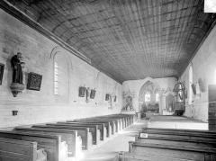 Eglise Saint-Hilaire£ - Vue intérieure de la nef, vers le nord-est