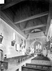 Eglise Saint-Germain - Vue intérieure de la nef, vers le nord-est