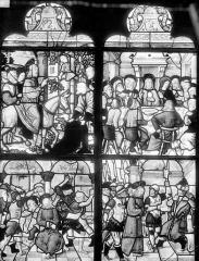 Eglise Saint-Pierre - Vitrail (panneaux anciens) : scènes de la Passion du Christ