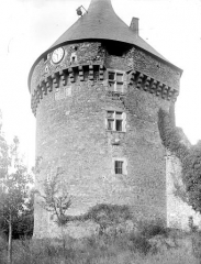 Château - Donjon, côté ouest