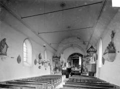 Eglise Saint-Paterne - Vue intérieure de la nef, vers le chœur