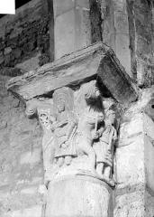 Eglise - Chapiteau historié