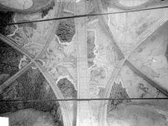 Ancienne église de Sainte-Marie-aux-Anglais - Voûte du chœur : restes de peintures murales