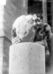 Cathédrale Notre-Dame - Tête de l'ange de saint Nicaire
