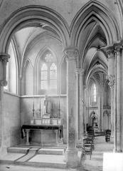 Eglise de Norrey-en-Bessin - Vue intérieure du transept nord et du déambulatoire