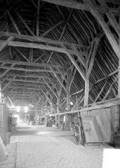 Halles - Vue intérieure : charpente