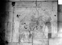 Ancienne église Notre-Dame-de-Froide-Rue ou église Saint-Sauveur - Peinture murale : évêques