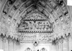 Cathédrale Saint-Etienne - Quatrième portail de la façade ouest : tympan