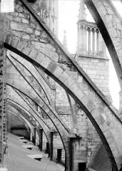 Cathédrale Saint-Etienne - Arcs-boutants : volées